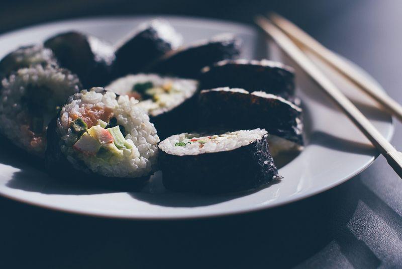 sushi-933065_1280